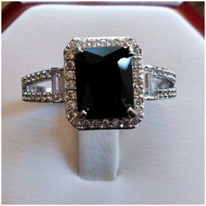 4ct Black Onyx & White Sapphire Ring Size 10